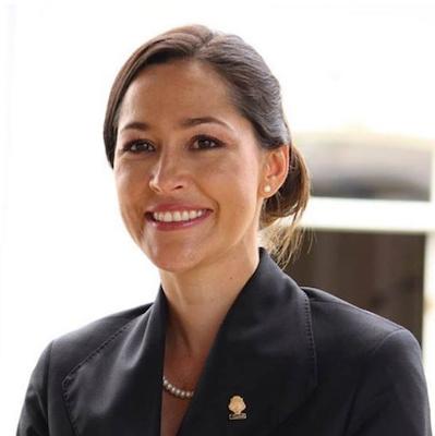 María Solís